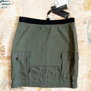 MarcCain Cargo Dark Green Skirt Size 6 NWT